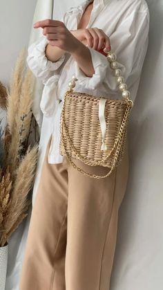Fashion Handbags, Fashion Bags, Chanel Handbags, Style Fashion, Chanel Tote Bag, Chanel Canvas Bag, Chanel Chanel, Look Hippie Chic, Diy Bags Purses