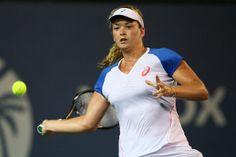 6/16/14 Coco Vandeweghe advances to 2nd rd of the Topshelf Open w/ 6-4, 3-6, 7-6 def. of Marina Erakovic.