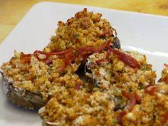 Clams Casino recipe from Robert Irvine via Food Network Clam Recipes, Oyster Recipes, Seafood Recipes, Cooking Recipes, Clams Oreganata Recipe, Clams Casino, Shellfish Recipes, Food Shows, World Recipes