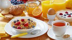 Mitä oikeasti kannattaa syödä aamupalaksi? Ravintoekspertit paljastavat omat valintansa - Ajankohtaista - Ilta-Sanomat