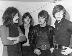 the move - Google Search Jeff Lynne, The Monkees, Great Bands, John Lennon, Orchestra, The Beatles, Rock N Roll, Pop, Couple Photos