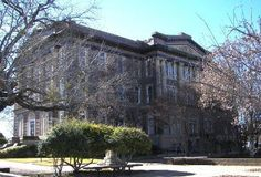 Goldthwaite Texas - Present Mills County Courthouse