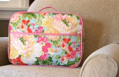 This adorable mini suitcase was made using @Waverly fabric from @Janice @ Better Off Thread! #waverize