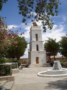 https://flic.kr/p/7nRbdk | Chile | San Pedro de Atacama - Toconao, Campanário de San Lucas