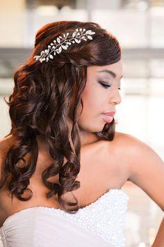 Kary M Designs bridesmaid beaded vine | Kiekie Lief Photography