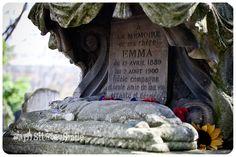 """""""Cimetiere des chiens"""", el cementerio de mascotas de París."""