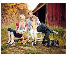family of four pics