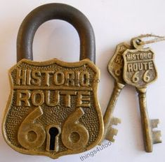 My Paisley World: Collections: Unusual Vintage Padlocks Under Lock And Key, Lock Up, Key Lock, Knobs And Knockers, Knobs And Handles, Door Handles, Route 66, Unique Key, Old Keys