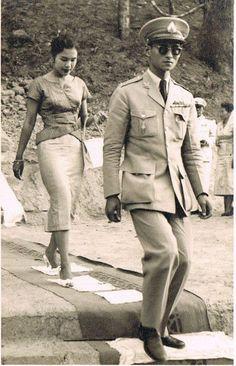 """"""" ธ สถิตในดวงใจไทยนิรันดร์ """" King Of Kings, My King, King Queen, King Rama 9, Queen Sirikit, Bhumibol Adulyadej, Great King, Queen Mother, Role Models"""