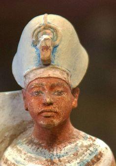 Painted statuette of Akhenaten.