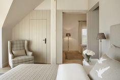 Home Interior Salas Mazuria Arte Manor Hotel and SPA Barn Bedrooms, Bedroom Loft, Dream Bedroom, Home Bedroom, Bedroom Decor, Bedroom Colors, Bedroom Signs, Decorating Bedrooms, Bedroom Photos