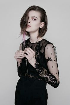 Ondria-Hardin-Diorshow-Ad