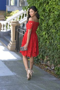 Britt+Whit| Date night ready in this off the shoulder red dress