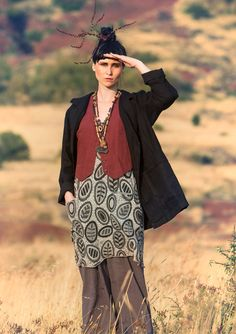Linen & cotton waistcoat – West – sunset in the Kalahari – GUDRUN SJÖDÉN – Webshop, mail order and boutiques | Colourful clothes and home textiles in natural materials.