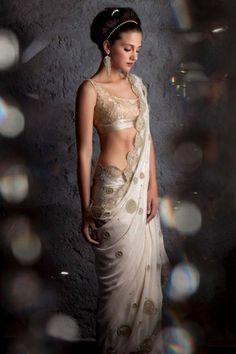 "Rabani & Rakha ""Portfolio"" Weddig Bridal Lehenga - Bride in Amazing Saree Gown. More information on WeddingNet #weddingnet #indianwedding #indianbride #indianwedding #bridallehenga #lehenga #pink #gold #beige #weddinglehenga #weddingsaree #bride #gown"