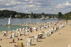 SUMMER IN BERLINN The Wannsee lake is situated in the southwest of Berlin and is one of the most popular recreation spots in the city; Berliners already came here over 100 years ago to sunbathe and swim. Its large beach area, which has the longest inland sand beach in Europe, is complete with dressing rooms, showers, a restaurant, playgrounds and a boat rental. There is also a family-friendly clothes-free area.