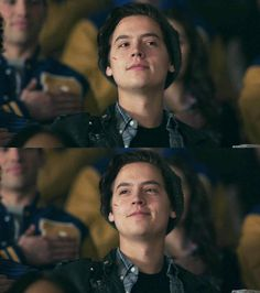 That smile slays♥️♥️ Cole M Sprouse, Sprouse Bros, Cole Sprouse Jughead, Dylan Sprouse, Riverdale Archie, Riverdale Memes, Riverdale Cast, Betty Cooper, Archie Comics