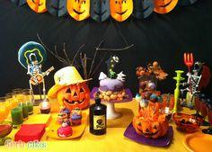 Tarta Halloween. Halloween cake. Sweet Table  www.facebook.com/GloriaCakes www.gloriacakes.com #HalloweenCake #halloweenTable #Halloween