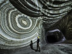 There are currently three salt mines Realmonte in the province of Agrigento and Racalmuto and Petralia, in the province of Palermo, managed by the company Italy Tours, Rock Formations, The Province, Patterns In Nature, Natural Wonders, Amazing Nature, National Geographic, Places To See, The Good Place