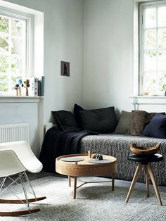 Styling / the soft textiles look really inviting and the subtle colour palette is really elegant