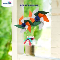 This Republic Day celebrate by making your own Tricoloured Paper Pinwheel with this tutorial from Hobby Ideas! Learn how to make tri-Colour Pinwheels with this fun Republic Day activity for kids from Hobby Ideas today! Independence Day Theme, Independence Day Activities, Independence Day Decoration, India Independence, Art N Craft, Craft Stick Crafts, Craft Work, Paper Crafts, Craft Ideas