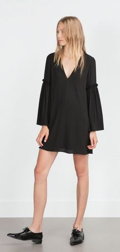 Whether you're into minimal or boho fashion, this dress is perfect for to wear on the weekends.