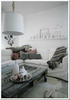 Pallet Ideas / Home Decor / DIY Coffee table