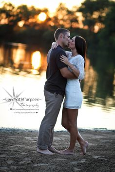 Engagement Photo Shoot ~ Perfect Sunset