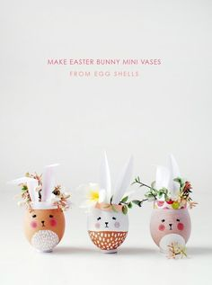 Make mini Easter Bunny vases and planters from eggshells. So… Easter craft ideas. Make mini Easter Bunny vases and planters from eggshells. So adorable and fun to make. Perfect Easter decorations or gifts. Hoppy Easter, Easter Bunny, Easter Eggs, Easter Table, Egg Crafts, Easter Crafts For Kids, Easter Ideas, Deco Originale, Image Originale