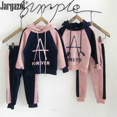 Set of clothes for girls, a sweatshirt with a . Cute Comfy Outfits, Stylish Outfits, Kids Winter Fashion, Kids Fashion, Sport Outfits, Kids Outfits, Night Dress For Women, Crop Top Outfits, Mode Hijab
