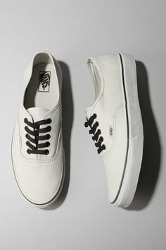 e4ff7268a9 I need to get some white vans and have Cody draw on them for me.