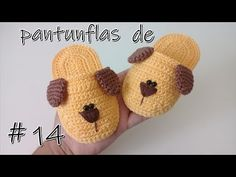 Crochet Baby Shoes Crochet puppy slippers 4 - Modern and trendy, this pair of baby crochet shoes in Vans style is totally adorable. If you like this type of design, then I am sure you will make one for Booties Crochet, Crochet Slippers, Baby Booties, Crochet Crafts, Crochet Dolls, Crochet Projects, Crochet Baby Clothes, Crochet Baby Shoes, Crochet For Beginners