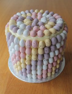 How to Make a Mini Easter Egg Cake #Easter #Baking