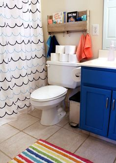 Add extra storage space to your bathroom, These affordable bathroom remodel concepts for tiny restrooms fast and easy. Bathroom Kids, Budget Bathroom, Master Bathroom, Bathroom Mirrors, Small Bathroom, Navy Bathroom, Framed Mirrors, Shiplap Bathroom, Bathroom Bath
