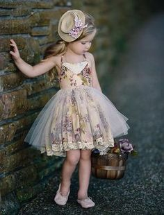 5bf581b8a801 Create Beauty Dress Платья Для Маленькой Девочки, Платья С Цветами Для  Девочек, Маленькие Девочки