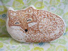 sleepy fox embroidery pattern