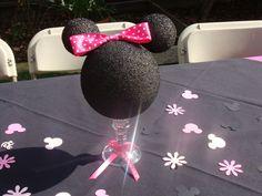 "Photo 11 of Minnie Mouse / Birthday ""Minnie Mouse Birthday! Minnie Mouse 1st Birthday, Minnie Mouse Baby Shower, Minnie Mouse Theme, Pink Minnie, Minnie Mouse Decorations, Mickey E Minie, 2nd Birthday Parties, Birthday Ideas, Party Ideas"