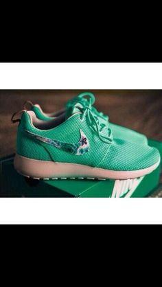 5f1e4324d185 73 Best Nike Roshe Game images