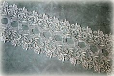 Ivory Venice Wide Lace Trim for Appliques, Altered Art, Costumes, Lace Jewelry, Headbands, Sashes, Sewing, Crafts GL-128
