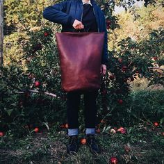 We used gorgeous hides from @horweenleather to make the Road Tripper backpack. Then we had to take it for a spin. Link in bio! #leatherwork #horween #sustainablefashion #ethicalfashion#kikanykikanyleathergoods