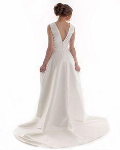 Stunning satin wedding dress with pockets