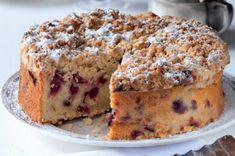 Brusinkový koláč s drobenkou | Apetitonline.cz