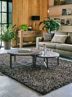 Ruimte tekort in je zithoek? Met een schuifbare ronde salontafel kan je alle kanten op!