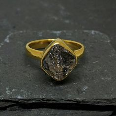 Hey, I found this really awesome Etsy listing at https://www.etsy.com/listing/553471189/eshqrock-raw-rough-herkimer-diamond-ring