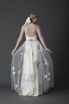 55 vestidos de noiva com decote nas costas - Decote sutil nas costas
