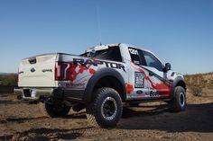 Фото›2017 Ford F-150 Raptor Race Truck