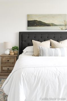 Need to capture beautiful interior photos? These simple interior photography tips are perfect for beginners, and do not require expensive equipment! Scandinavian Interior Bedroom, Modern Bedroom, Master Bedroom, Interior Photography, Photography Tips, Headboard Designs, Traditional Bedroom, Modern Traditional, Minimalist Room