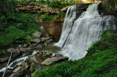 65 foot high Brandywine Falls is one of the most popular attractions in the Cuyahoga Valley National Park in northeast Ohio. National Park Posters, National Parks, Vintage Maps, Vintage Posters, Brandywine Falls, Hiking Trails, Day Trips, Ohio, Things To Do