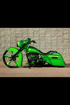Nice Bagger ,my color too Harley Bagger, Bagger Motorcycle, Harley Bikes, Motorcycle Style, Harley Davidson Bikes, Custom Baggers, Custom Harleys, Custom Bikes, Scooters
