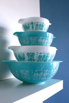 Complete Set of Pyrex Butterprint Amish Turquoise by zenzhetty, $60.00